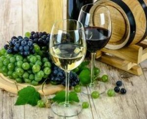 чаши за вино, чаши, сватба, подарък, стъкло, кристал